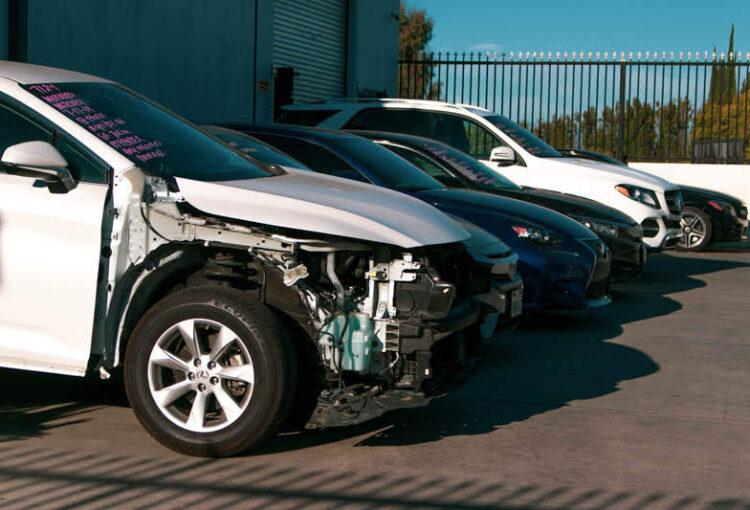 San Angelo, TX – One Injured in Car Crash on Sherwood Way