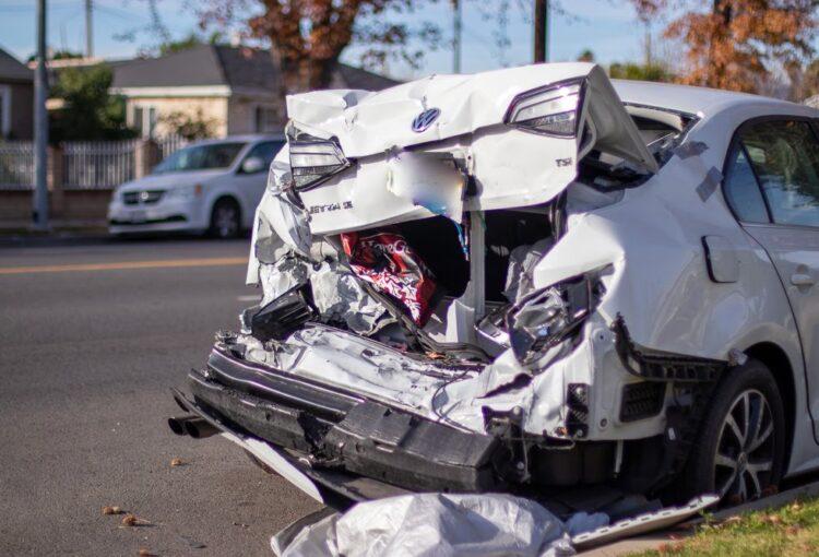 Big Spring, TX – Two Injured in Two-Vehicle Crash on I-20