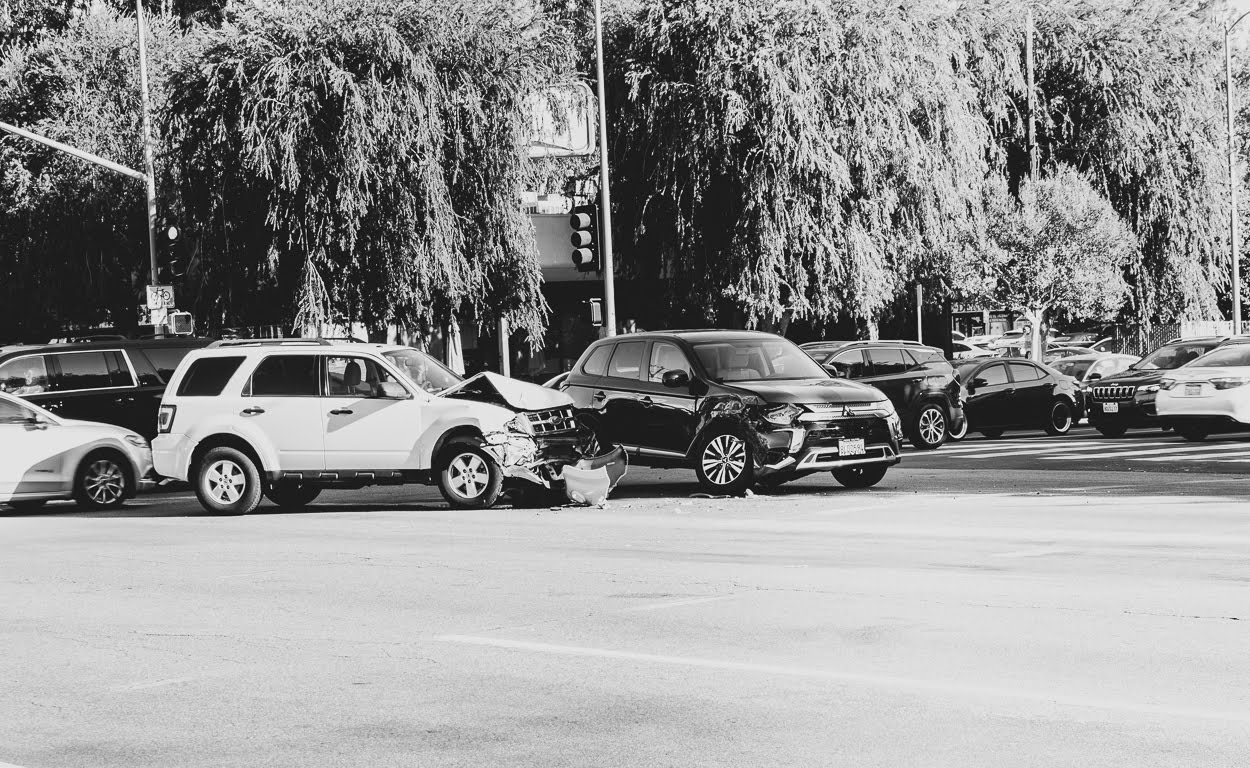 Should You Move Your Vehicle After a Crash